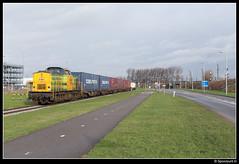 RRF 16 - Botlek (Spoorpunt.nl) Tags: v100 10 terminal container shuttle 16 duisburg trein januari 2016 botlek rrf cobelfret distri merseyweg