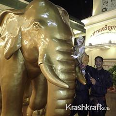Joe Louis Puppet (krashkraft) Tags: thailand bangkok th allrightsreserved asiatique 2014 krashkraft hoonlakornlek joelouispuppet