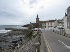 Porthleven (Dubris) Tags: sea england coast seaside cornwall kernow porthleven lizardpeninsula