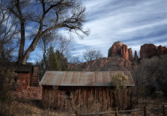 Red Rock State Park, Cathedral Rock, Farm (1mpl) Tags: arizona sedona redrocks farms cathedralrock redrockstatepark canoneos7dii