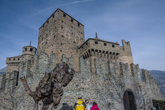 Fenis_dicembre 2015-01 (Stefano Merli) Tags: italien winter italy tower castle wall italia december torre tour northwest hiver towers medieval walls mura fortification dezember polarizer tours inverno castello dicembre chteau medievale italie nord maniero burg muraille merli dcembre stadtmauer valledaosta xiii northernitaly merlon aoste fenis aostavalley vda polarizzatore zinne fnis valledaoste mastio polariseur norditalia aostatal polarisator italiedunord northwestitaly chteaudefnis stylemdival mdival lovevda ilovevda italieseptentrionale italiedunordouest burgvonfnis