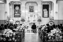 Boda Miguel & Marlenne 1 - Wedding (Eliud92) Tags: flowers bw art love church yellow silver blackwhite kiss couple catholic amor boda fine ceremony romance bn nik efex silverefex