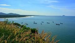 DSC_0574 (pr@jyot) Tags: ocean sky mountains grass landscape boats nikon niko nikkor1855mm prajyot murdwshwar