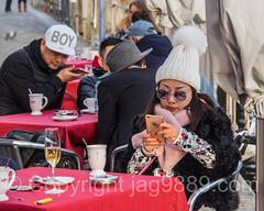 Coffee Break, Old Town Lucerne, Central Switzerland (jag9889) Tags: winter people woman hat schweiz switzerland europe suisse suiza outdoor swiss luzern streetscene alpine svizzera lucerne streetscape ch texting 2016 innerschweiz zentralschweiz centralswitzerland stadtluzern kantonluzern cantonlucerne suizra jag9889 20160202