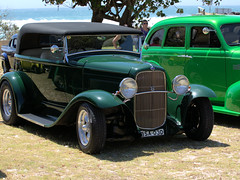 FOUND A FEW HOT RODS AT KINGSCLIFF (16th man) Tags: ford chevrolet car canon eos nsw newsouthwales hotrods goldcoast chev customcar kingscliff tweedcoast classiccarphotography eos5dmkiii