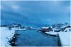Schemering op Svinøya (HP003447) (Hetwie) Tags: winter snow nature norway night landscape see vakantie sneeuw natuur zee avond landschap eiland svolvær noorwegen nordland noorderlicht svinøya huisjes rorbruer svolvã¦r svinã¸ya