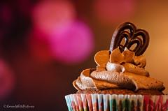 cupcake heaven (sure2talk) Tags: bokeh flash cupcake speedlight softbox diffused shallowdof offcamera cupcakeheaven sb900 nikond7000 nikkor85mmf35gafsedvrmicro darkchocolatealmondcupcake 116picturesin20167calorifictreats