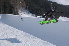_DSC0048 (Jackie Le Baas) Tags: snow jump snowboard halfpipe snowboarder wintersport