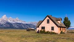 Abandoned farmhouse (nigelwilliams2001) Tags: mountains mormon wyoming grandtetons mormonrow