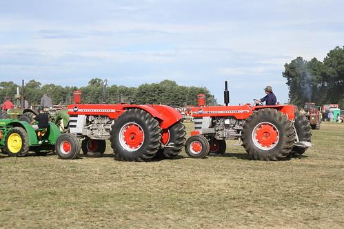 Massey-Ferguson 1100 & 1130 - a photo on Flickriver