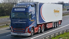 V500 TSH (panmanstan) Tags: uk truck wagon volvo yorkshire transport lorry commercial vehicle a1 fh darrington freight refrigerated