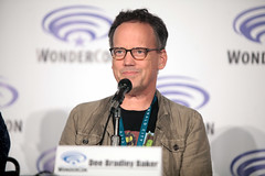 Dee Bradley Baker (Gage Skidmore) Tags: california robert matt scott michael los kevin dad baker angeles center jordan brett american bradley convention dee tbs wendy blum richardson weitzman wondercon 2016 schaal grimes cawley maitia