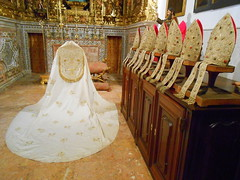 Lisbon (Chris Draper) Tags: portugal gold cathedral robe lisbon cape mitre jewel robes mitres bejewelled lisboncathedral bishopsmitre bishopsbobe