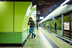 Wan Chai MTR (Jon Siegel) Tags: man green fashion subway hongkong nikon waiting 14 sigma style hangin casual 24 24mm mtr wanchai d810 sigma24mmf14art sigma24mm14art