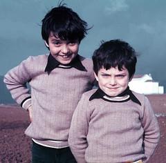Rapazes   Kids   Garons   Ragazzi   Chicos    (Antnio Jos Rocha) Tags: pessoas gente retrato humor crianas dois rapazes