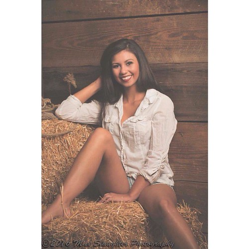 Totally teriffic Taylor has a thousand watt smile and she flashes it a lot! #brunette #beauty #countrygirl #nativeamerican #americanindian #gorgeous #tattoos #jeanshorts #barn #bigsmile #sexy #nikon #d800