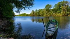 Lanca di Bernate (Fiume Ticino) (Alex 200 Reflex) Tags: ticino nikon barca fiume natura nikkor acqua calma lombardia bosco bernate serenit d810 1424f28 lancadibernate