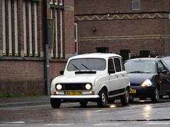 Renault 4 Deventer (willemalink) Tags: 4 renault deventer