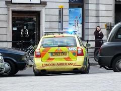 London Ambulance Service NHS Trust - 7990 - LX62CZU (Waterford_Man) Tags: skoda bluelights 7990 londonambulanceservicenhstrust lx62czu