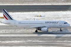 Air France Airbus 320-214 F-GXKU (c/n 4063) (Manfred Saitz) Tags: vienna wien france airport air airbus flughafen vie a320 320 freg schwechat loww fgkxu