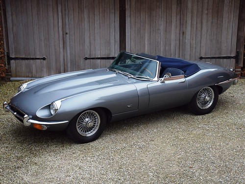 Jaguar E-Type Series II OTS (1970).