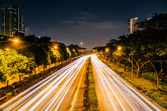 DSC05010 (drumbunkerdragon) Tags: street city longexposure sky night singapore photographer sony want be lighttrails lamps i oneokrock rx1rii