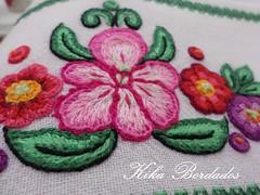 KikaBordados Kika  Krauss 142 (Kika Bordados by Angelica Krauss) Tags: flowers flores frutas fruits branco cores crochet craft bordados bordado croche panosdepratos bordadosfeitomo kikabordadoskikakrauss