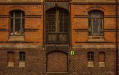 Hamburg - Luke 13 (Pana53) Tags: nikon wasser raw fenster hamburg luke schuppen himmel unesco stadt brcke speicherstadt elbe speicher schiffe hafencity weltkulturerbe museumshafen nikond810 pana53 photographedbypana53