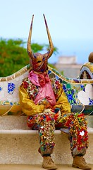 Waiting. Parc Guell, Barcelona (flotay91) Tags: barcelona people colour canon costume spain flickr spanish fancy colourful tradition ram 2016 parguell 100d