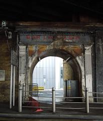 Ghost sign, London Bridge Stn, Jan 2016 (roger.w800) Tags: london abandoned bar londonbridge restaurant cafe faded southwark decayed se1 closeddown ghostsign londonbridgestation laspezia partiallydemolished laspeziabarlondon barlaspezialondon