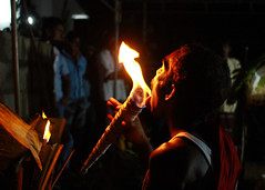 Fire eater (Chandana Witharanage) Tags: man indianocean srilanka fireeater spiritualtradition