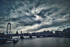 Grey Skies over Westminster, London (35mmMan) Tags: urban london westminster thames clouds river samsung londoneye waterloo drama
