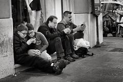Anglų lietuvių žodynas. Žodis addicted reiškia a atsidavęs, linkęs, priklausomas lietuviškai.