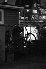 Oma Fiets, Granny Bike. Silouhet (sebastiaanvanbeek) Tags: blackandwhite amsterdam night amstel omafiets grannybike