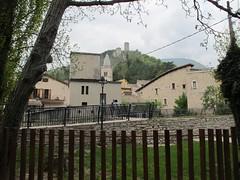 2011 04 24 Marche - Visso_0312 (Kapo Konga) Tags: panorama italia borgo marche paesaggio visso