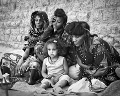 Family Photo (mariamfula) Tags: africa niger women sahel borror agadez bororo wodaabe