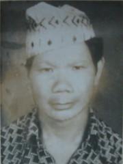 My God Father Man Bdr Khamcha (James Bespoke Suit Phuket Thailand) Tags: nepal man dad grandmother father grandfather sm nb gr rana godfather manipur walling magar dhiraj kalpana bdr gandaki dimapur manakamana bhim syangja kaski ancester balew baleu bhabishwor khamcha gyanisara subedarmajor kushumbhanjyang tallobalew sathighare gbs5 mijhar ukalobaje 9assamrifle