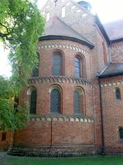 Am Kloster Lehnin, Brandenburg ... (bayernernst) Tags: park deutschland kirche september brandenburg klosterkirche 2013 lehnin klosterlehnin 07092013 snc17047