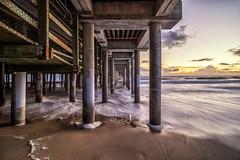 Symmetry, Santa Monica (urbanexpl0rer) Tags: ocean california longexposure sunset beach losangeles santamonica symmetry santamonicapier