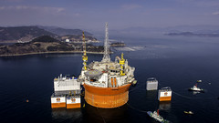 Goliat: il gigante dei mari/ Goliat, the giant of the seas (A major integrated energy company) Tags: nord eni artico goliat