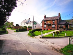 Quaint corner of England (Humble Tommy) Tags: uk countryside pub quiet village cheshire quaint stoak