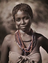 Ebore Woman, Ethiopia (Rod Waddington) Tags: africa portrait people woman female beads african traditional culture valle tribal afrika omovalley ethiopia tribe ethnic afrique ethiopian omo etiopia ebore