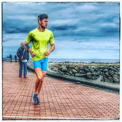 A run along the promenade #laspalmas #laspalmasdegrancanaria #runner #athlete #male #playalascanteras #shorts #workout #grancanaria #canaries (FotoFling Scotland) Tags: male sports muscles grancanaria square athletic squareformat clarendon headphones athlete runner fit lycra bulging laspalmas iphoneography instagramapp uploaded:by=instagram