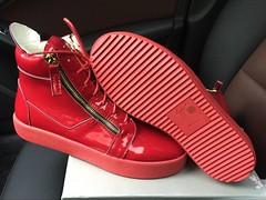 GZ Sneakers  Size:eur39-eur46 Availabl