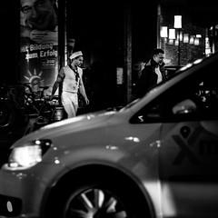 Mit Bildung zum Erfolg... (Frank Busch) Tags: street blackandwhite bw night germany blackwhite streetphotography sailor dsseldorf frankbusch wwwfrankbuschname photobyfrankbusch frankbuschphotography imagebyfrankbusch wwwfrankbuschphoto