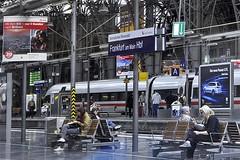 Frankfurt am Main (2) (AntyDiluvian) Tags: trip railroad berlin ice station train germany deutschland frankfurt platform hauptbahnhof hbf mannheim frankfurtammain intercityexpress 2015 ice597