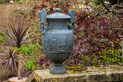 Grecian Urn (bart7jw) Tags: urn canon garden 50mm spring national trust manor fifty nifty hidcote 700d t5i