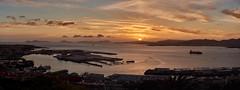 Panorama Vigo Sunset (PacotePacote) Tags: sunset panorama espaa clouds boats puerto atardecer spain barcos rasbaixas galicia galiza porto castro castelo nubes puesta castillo vigo ces ra