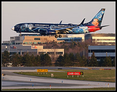 C-GWSZ  WestJet  Disney Mickey Boeing 737-800 (Tom Podolec) Tags:  way this all image may any used rights be without reserved permission prior 2015news46mississaugaontariocanadatorontopearsoninternationalairporttorontopearson