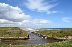 Sunny day at Seaton Sluice (DavidWF2009) Tags: sea sky clouds harbour northumberland seatonsluice
